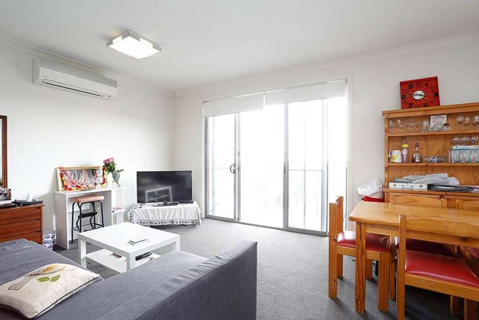 Fourth view of Homely apartment listing, 111/2 Yarra Bing Crescent, Burwood VIC 3125