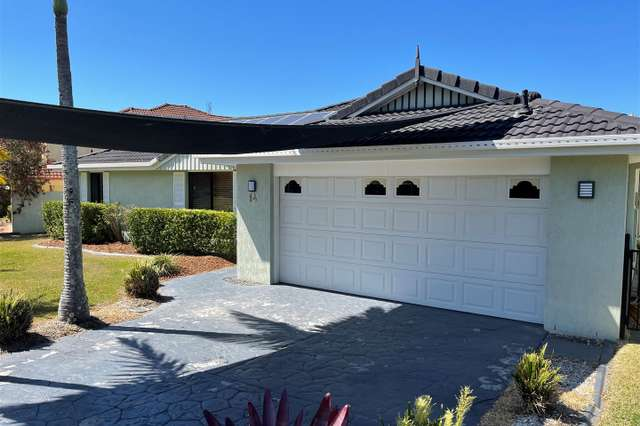 14 Calcetto Place, Arundel QLD 4214