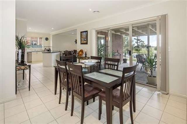 29 St Andrews Place, Lake Gardens VIC 3355