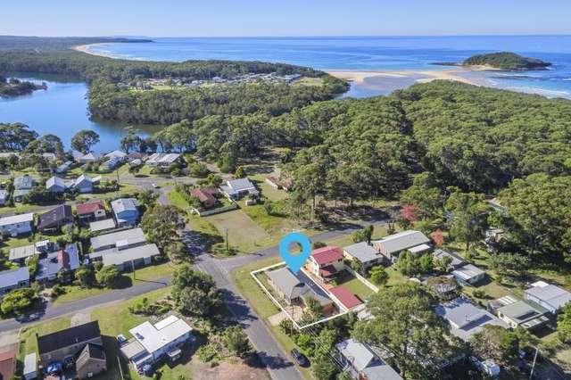 21 Beach Street, Lake Tabourie NSW 2539