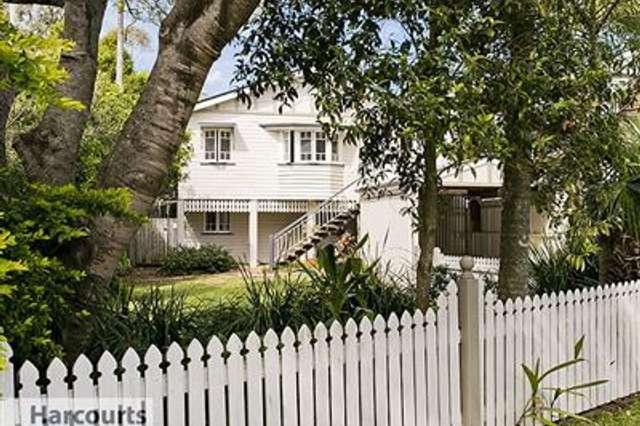 33 Badger Street, Newmarket QLD 4051