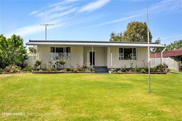 12 Murray Terrace, Cowirra SA 5238