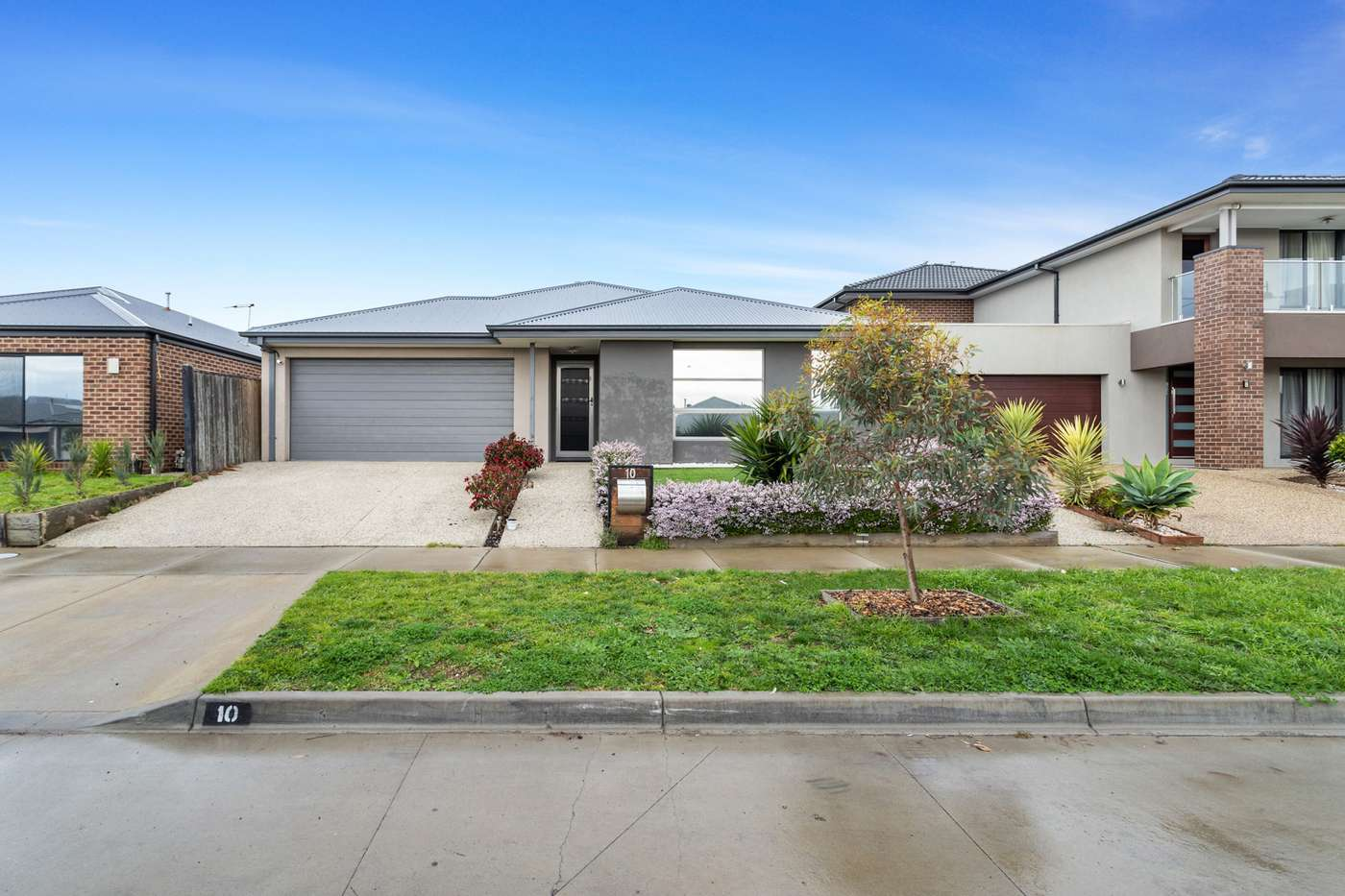 Main view of Homely house listing, 10 Verve Circuit, Cranbourne West, VIC 3977