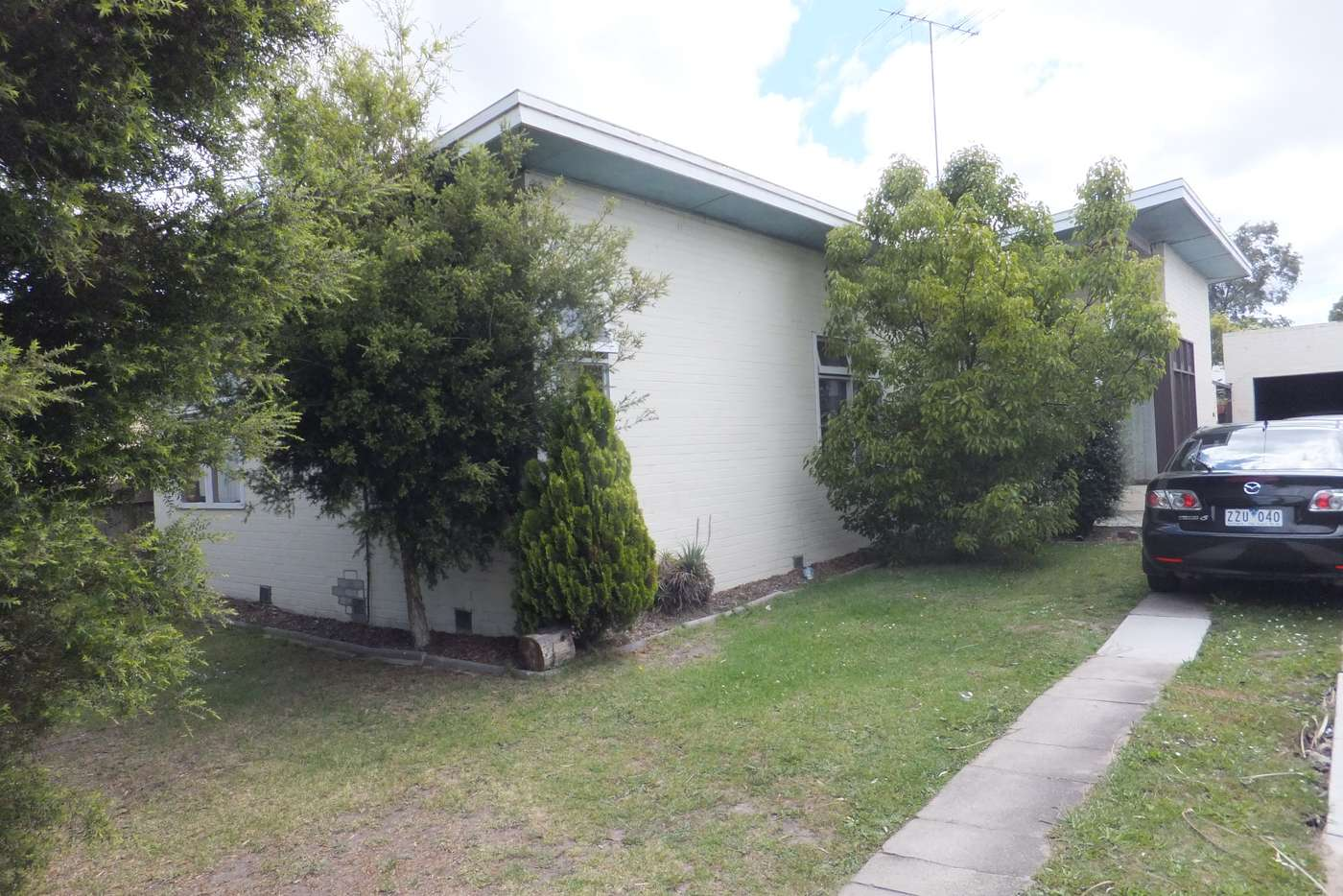 Main view of Homely house listing, 15 Hopetoun Avenue, Morwell VIC 3840