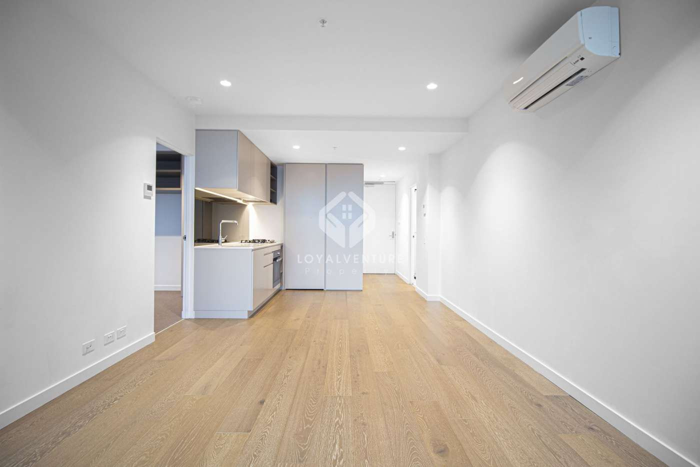 Main view of Homely apartment listing, 462 Elizabeth Street, Melbourne VIC 3004