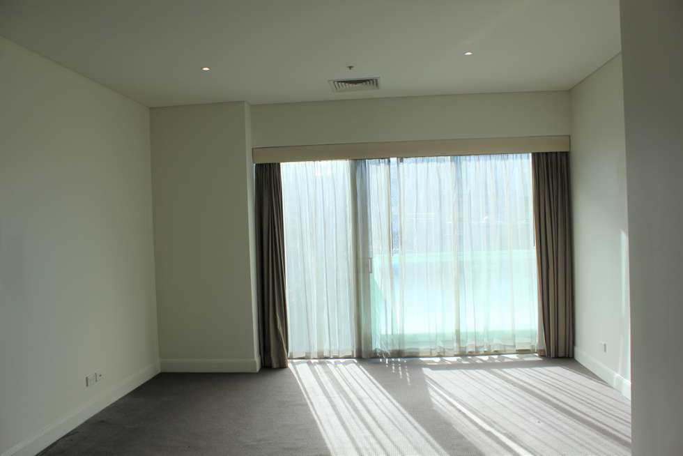 Fifth view of Homely apartment listing, T411/348 St Kilda Road, Melbourne VIC 3004