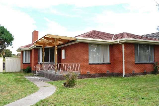71 Theodore St, St Albans VIC 3021