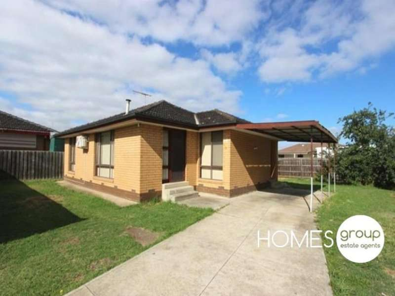 Main view of Homely unit listing, Unit 1/13 Lahy Street, St Albans, VIC 3021