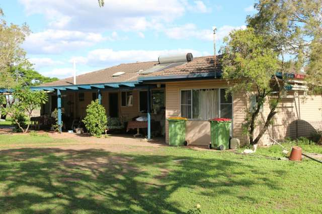 2 Logan Road, College View QLD 4343