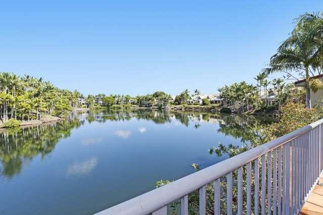 3/125 Santa Cruz Bvd, Clear Island Waters QLD 4226