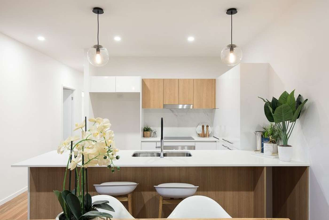 Main view of Homely apartment listing, 2/62 York Street, Indooroopilly QLD 4068