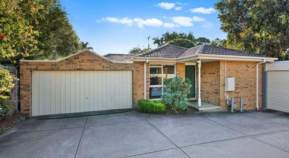 2/25 Old Lilydale Road, Ringwood East VIC 3135