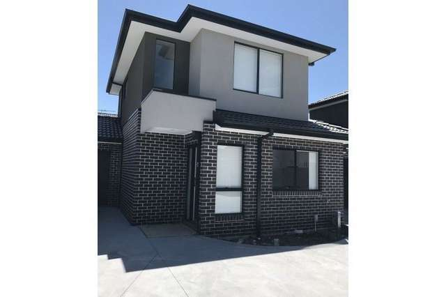 8/10 Paris Road, Broadmeadows VIC 3047