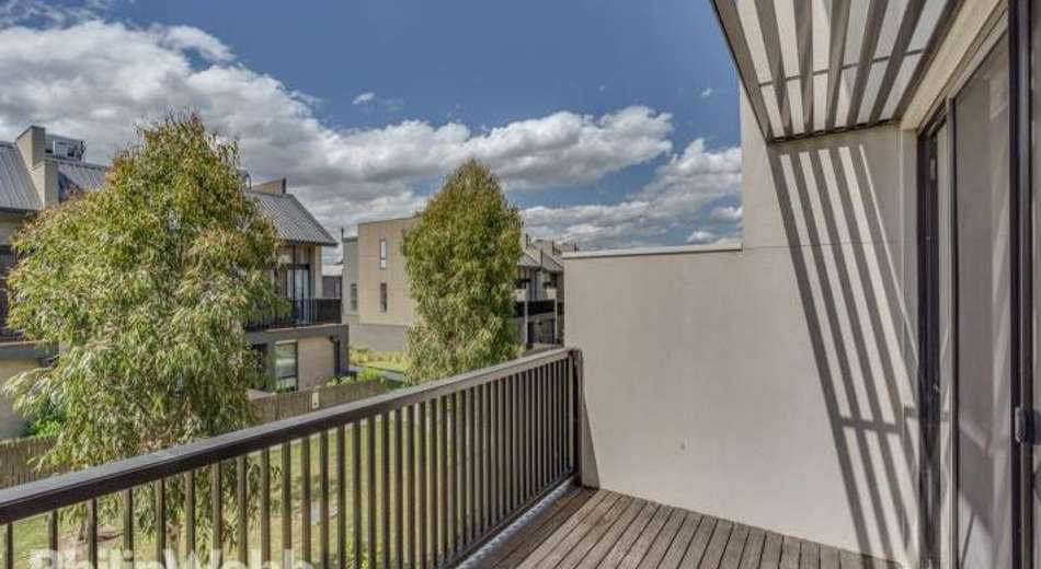 36 Central Park Walk, Cheltenham VIC 3192
