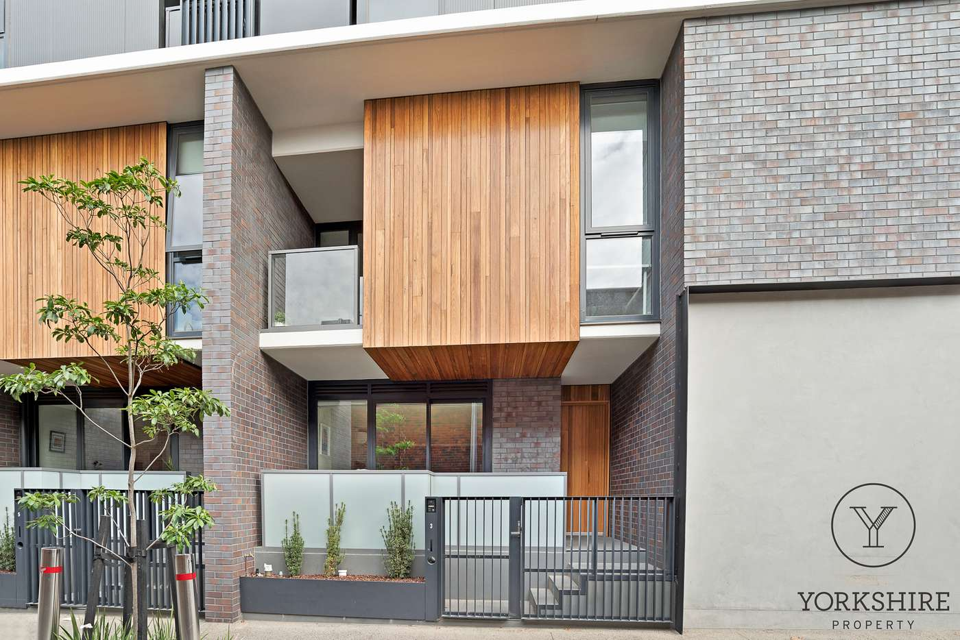 Main view of Homely townhouse listing, 3 Robert Street, Collingwood VIC 3066