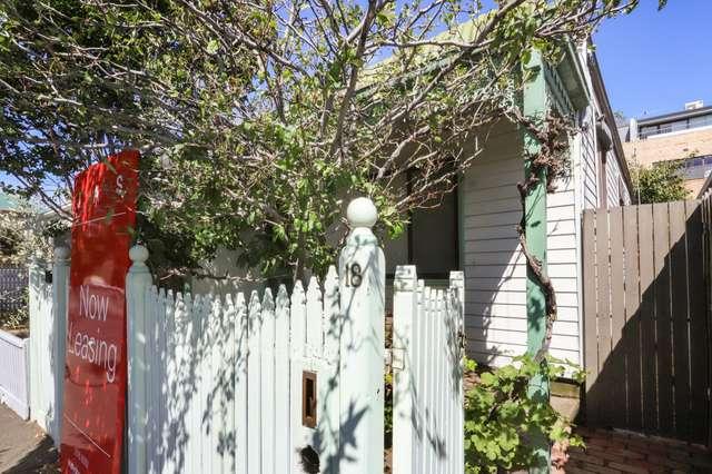 18 Arran Street, Seddon VIC 3011