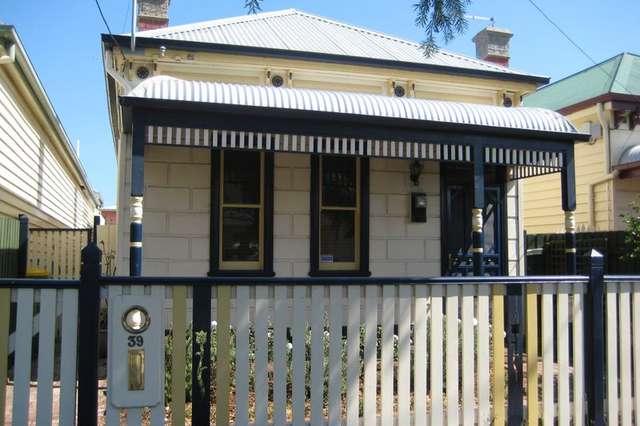 39 Station Road, Seddon VIC 3011