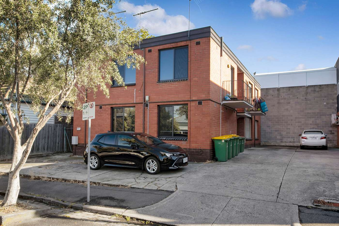 Main view of Homely unit listing, 2/68 Simpson Street, Yarraville VIC 3013