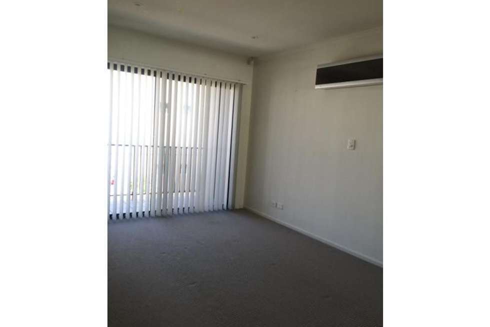 Fifth view of Homely townhouse listing, 110 Isla Circuit, Mawson Lakes SA 5095
