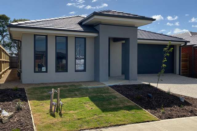 79 Athletic Circuit, Clyde VIC 3978