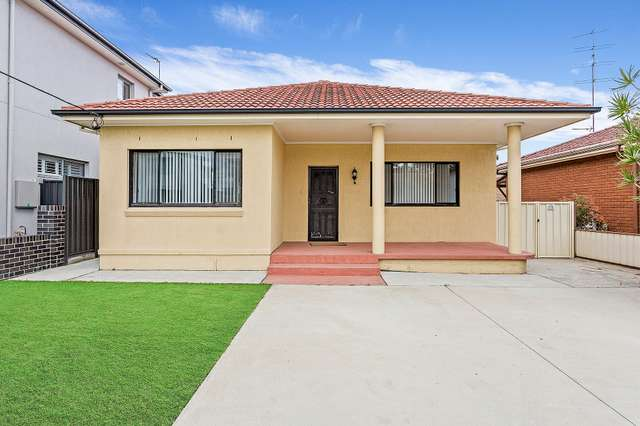28 Balfour, Fairy Meadow NSW 2519