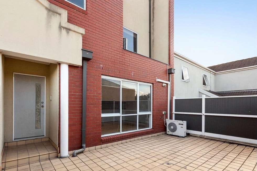 Leased Townhouse 7 18 Tulloch Grove Glen Waverley Vic 3150 May 4 2020 Homely