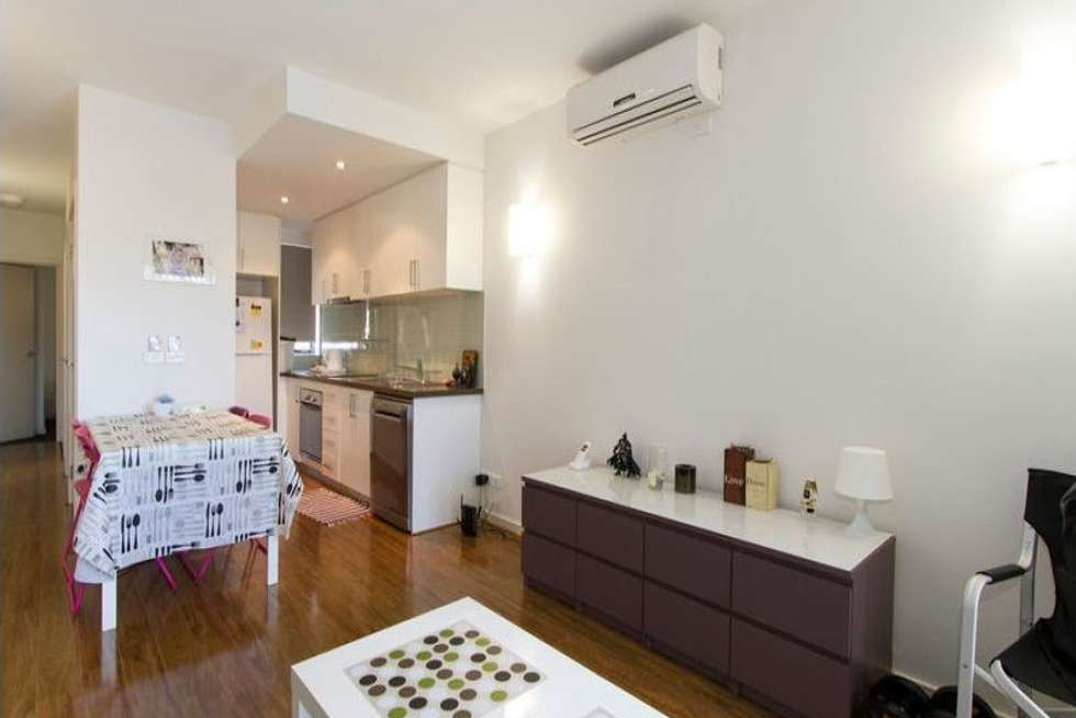 Third view of Homely apartment listing, 1/463 South Road, Bentleigh VIC 3204