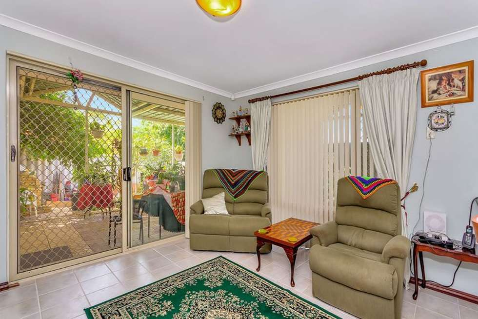 Second view of Homely house listing, 10 Yorn Circuit, Beeliar WA 6164
