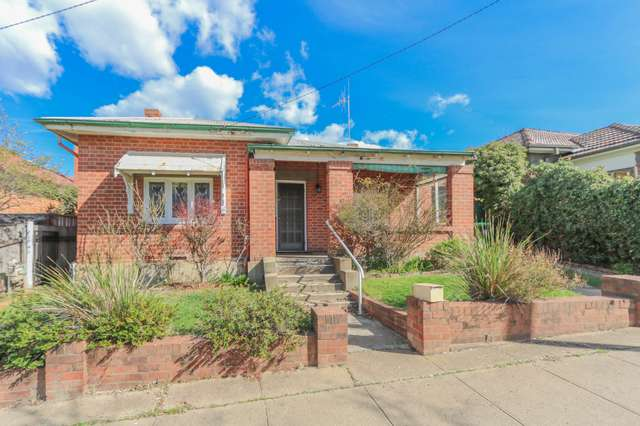 224 Piper Street, Bathurst NSW 2795