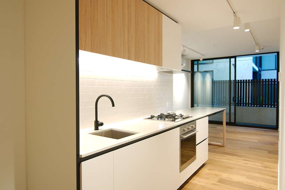 Second view of Homely apartment listing, 10/121 Rosslyn Street, West Melbourne VIC 3003