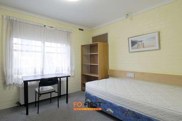 Rooms 7 -22 //20 Fellows Street, Kew VIC 3101