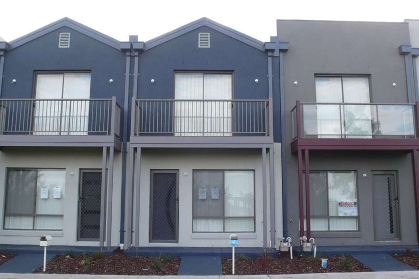 Main view of Homely townhouse listing, 8 Andover Lane, Craigieburn VIC 3064