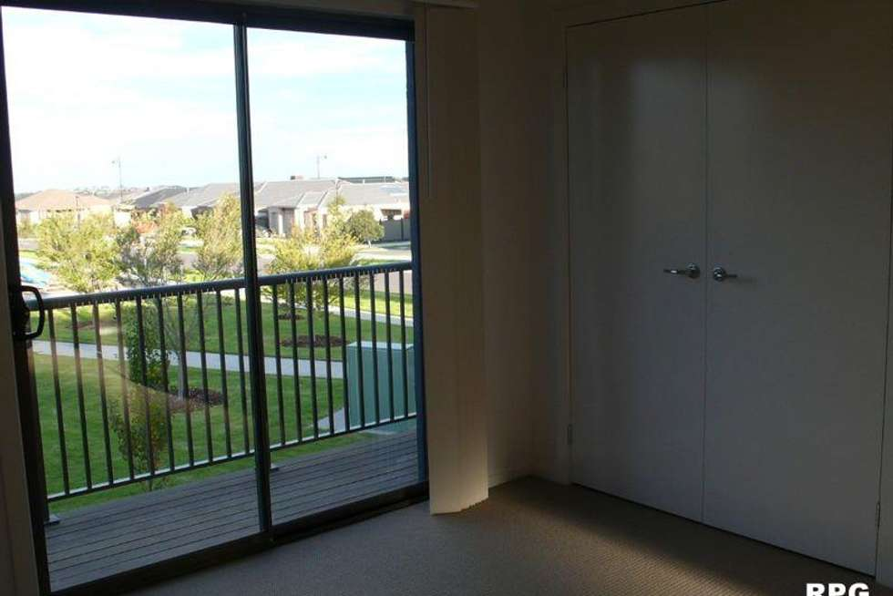 Fifth view of Homely townhouse listing, 8 Andover Lane, Craigieburn VIC 3064