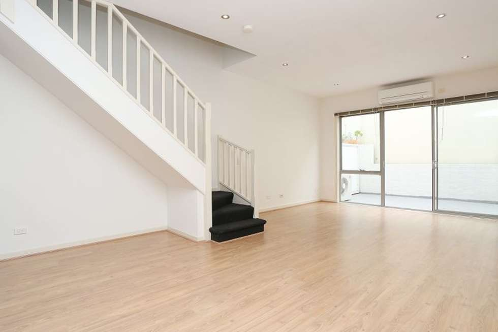 Fifth view of Homely apartment listing, 4/32-36 Smith Street, Collingwood VIC 3066