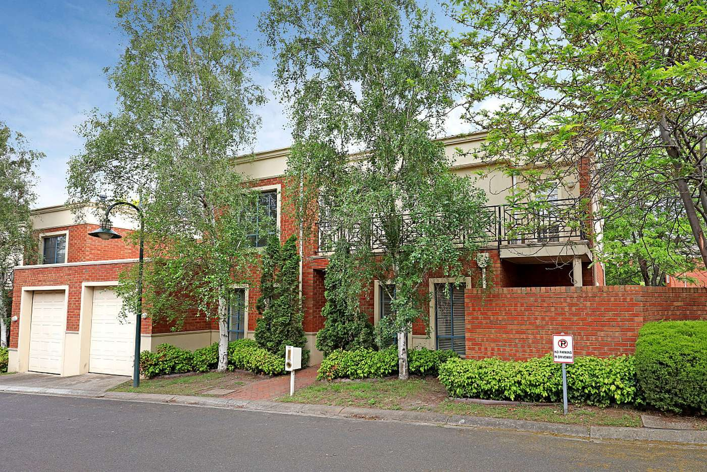 Main view of Homely townhouse listing, 19/745 Burwood Road, Hawthorn East VIC 3123