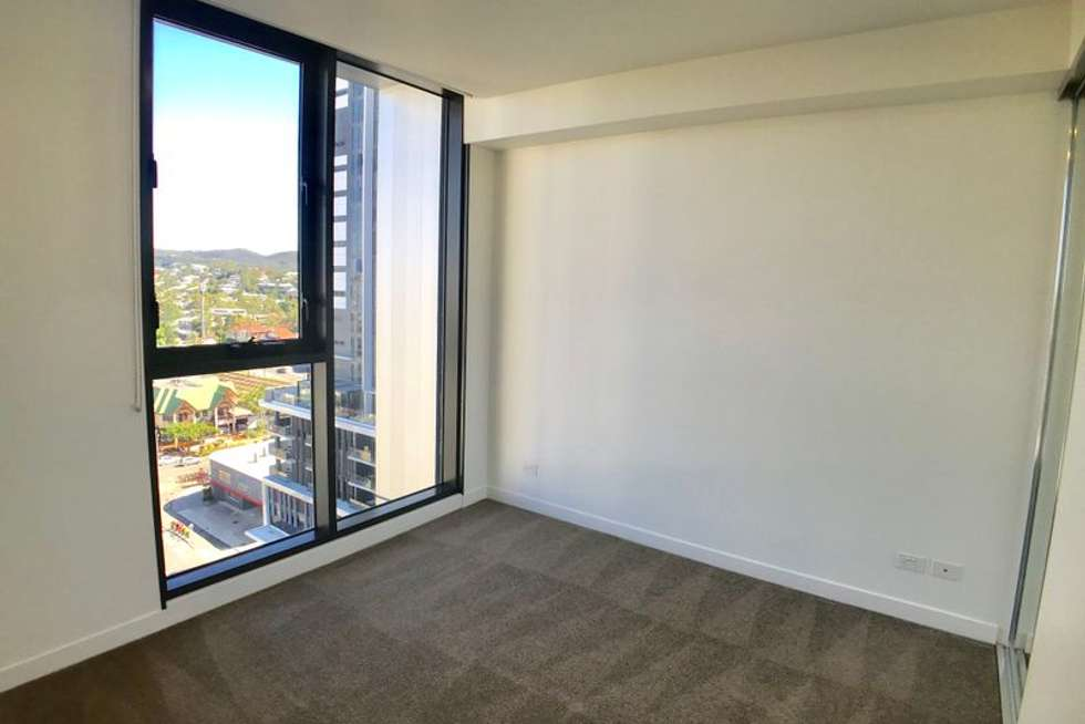 Fifth view of Homely apartment listing, Level 11/22-36 Railway Terrace, Milton QLD 4064