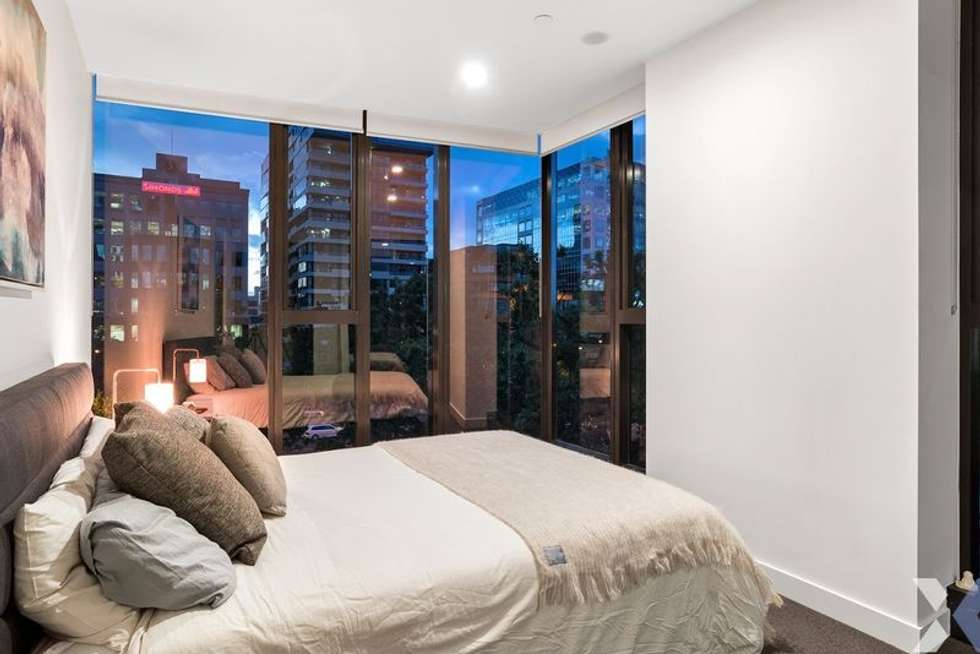 Third view of Homely apartment listing, 702/555 St Kilda Road, Melbourne VIC 3004