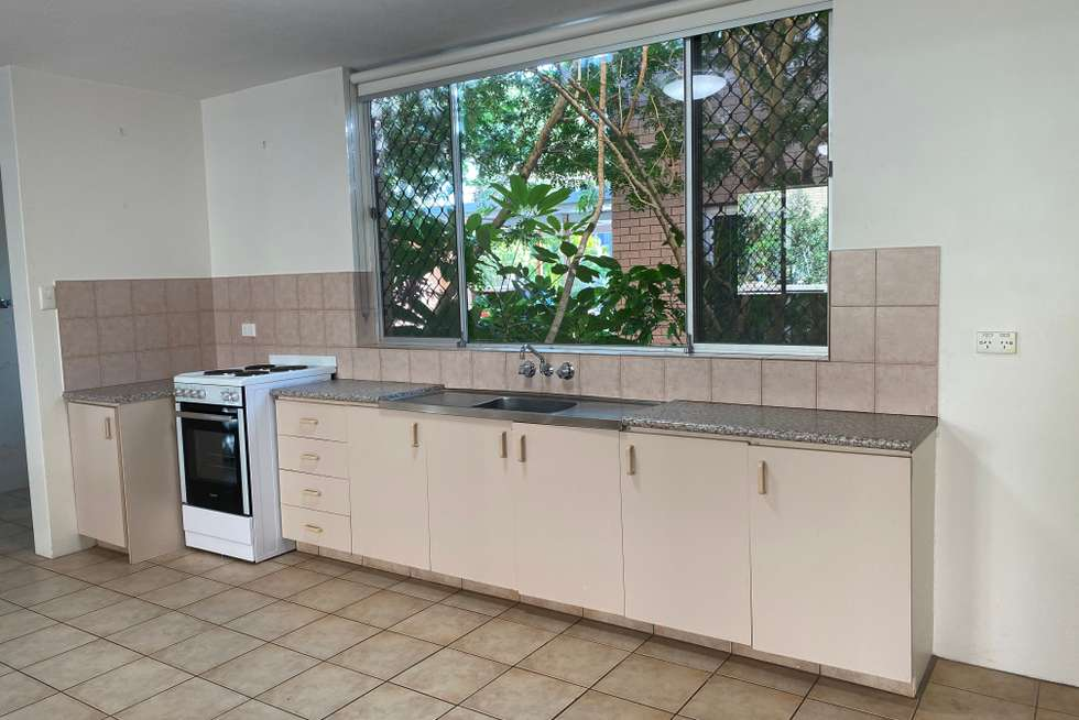 Second view of Homely unit listing, 2/8 Kalyan Street, Chevron Island QLD 4217