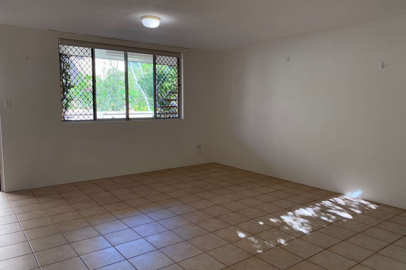 Sixth view of Homely unit listing, 2/8 Kalyan Street, Chevron Island QLD 4217