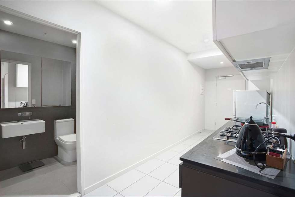 Fifth view of Homely apartment listing, 2402/568 Collins Street, Melbourne VIC 3000