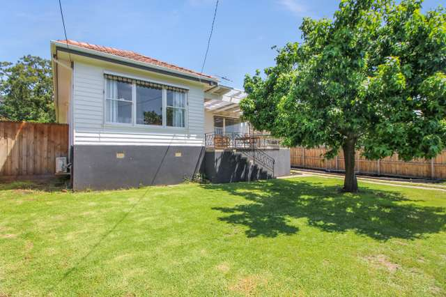 7 Nelson Avenue, Highton VIC 3216