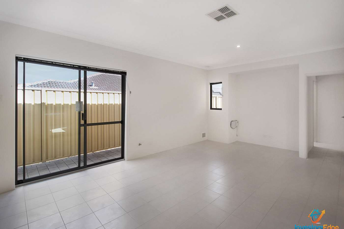 Sixth view of Homely house listing, 2/10 Hillcrest Road, Kewdale WA 6105