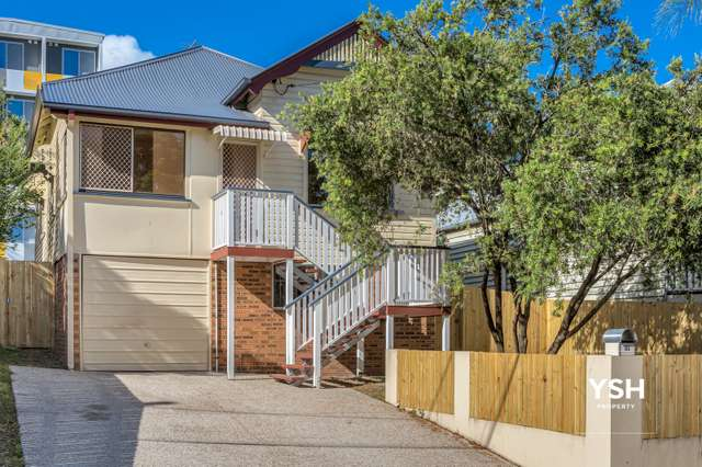 31 Henry Street, Woolloongabba QLD 4102