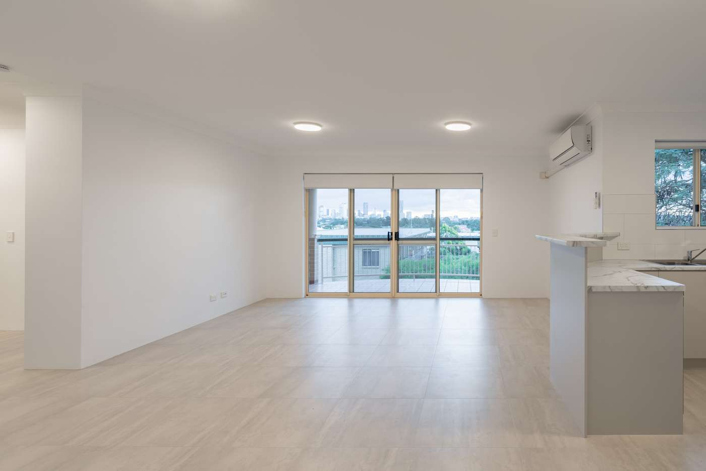 Main view of Homely unit listing, 2/48 Kitchener Street, Coorparoo QLD 4151