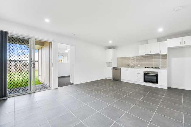 2/11 Mount Wheeler street, Park Ridge QLD 4125