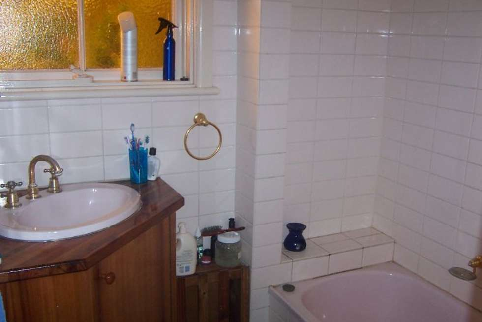 Fourth view of Homely house listing, 1 Aubyn Court, Mulgrave VIC 3170