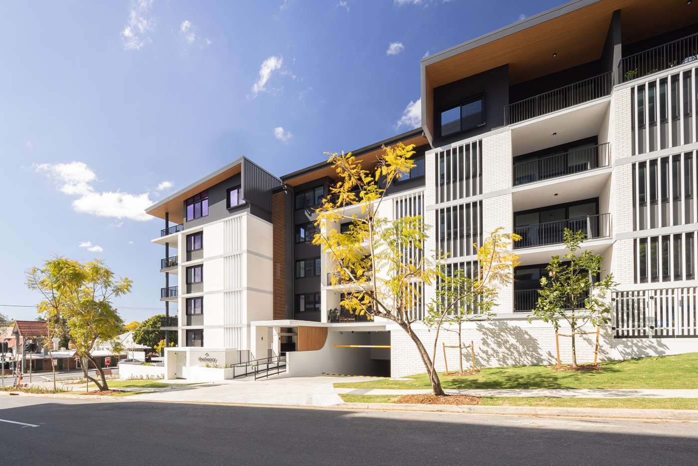 Main view of Homely unit listing, 7-8/186 Clarence Road, Indooroopilly QLD 4068
