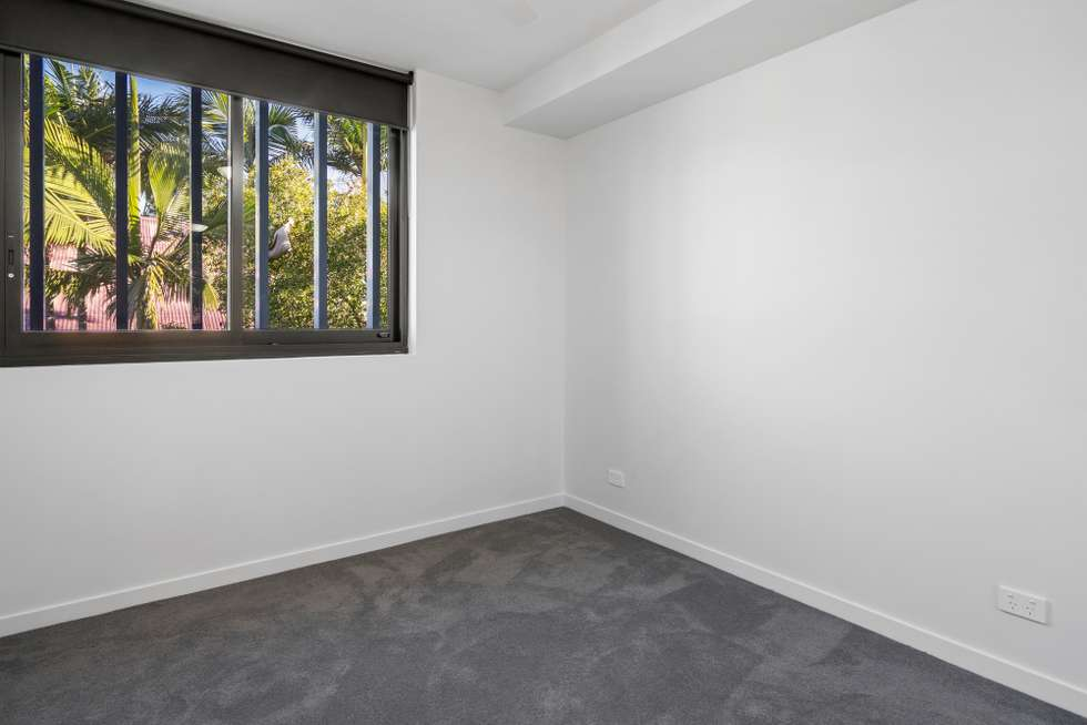 Fourth view of Homely unit listing, 7-8/186 Clarence Road, Indooroopilly QLD 4068