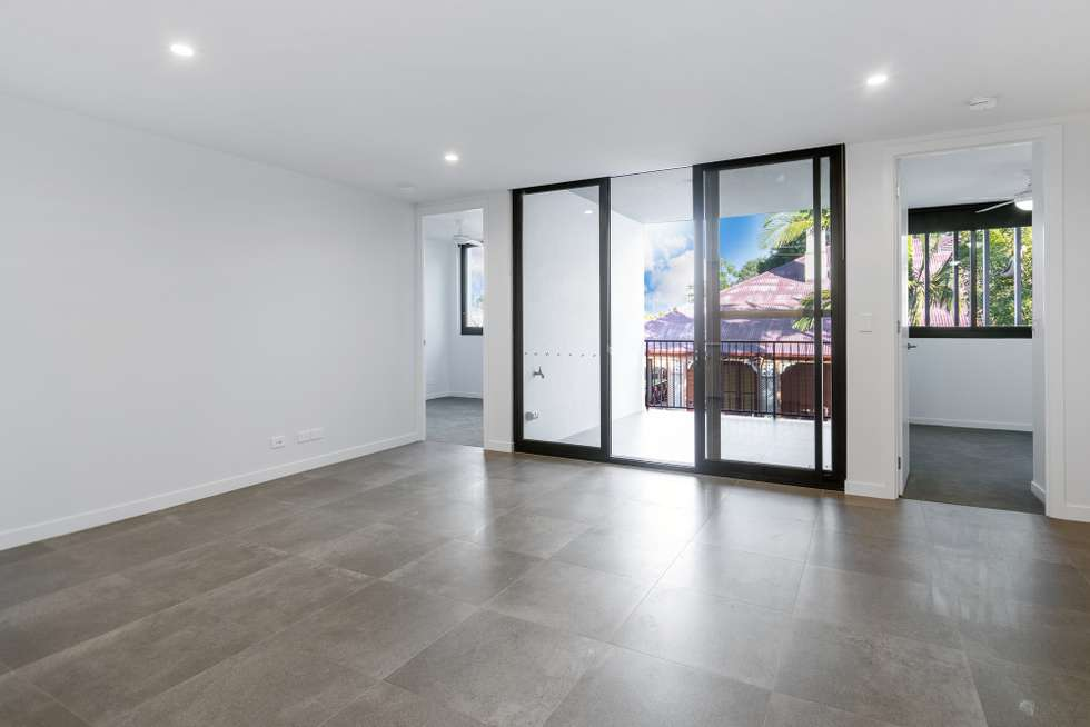Fifth view of Homely unit listing, 7-8/186 Clarence Road, Indooroopilly QLD 4068