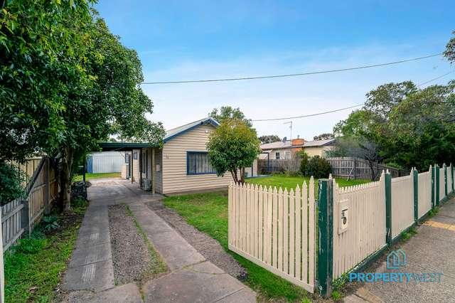 28 Exford Road, Melton South VIC 3338